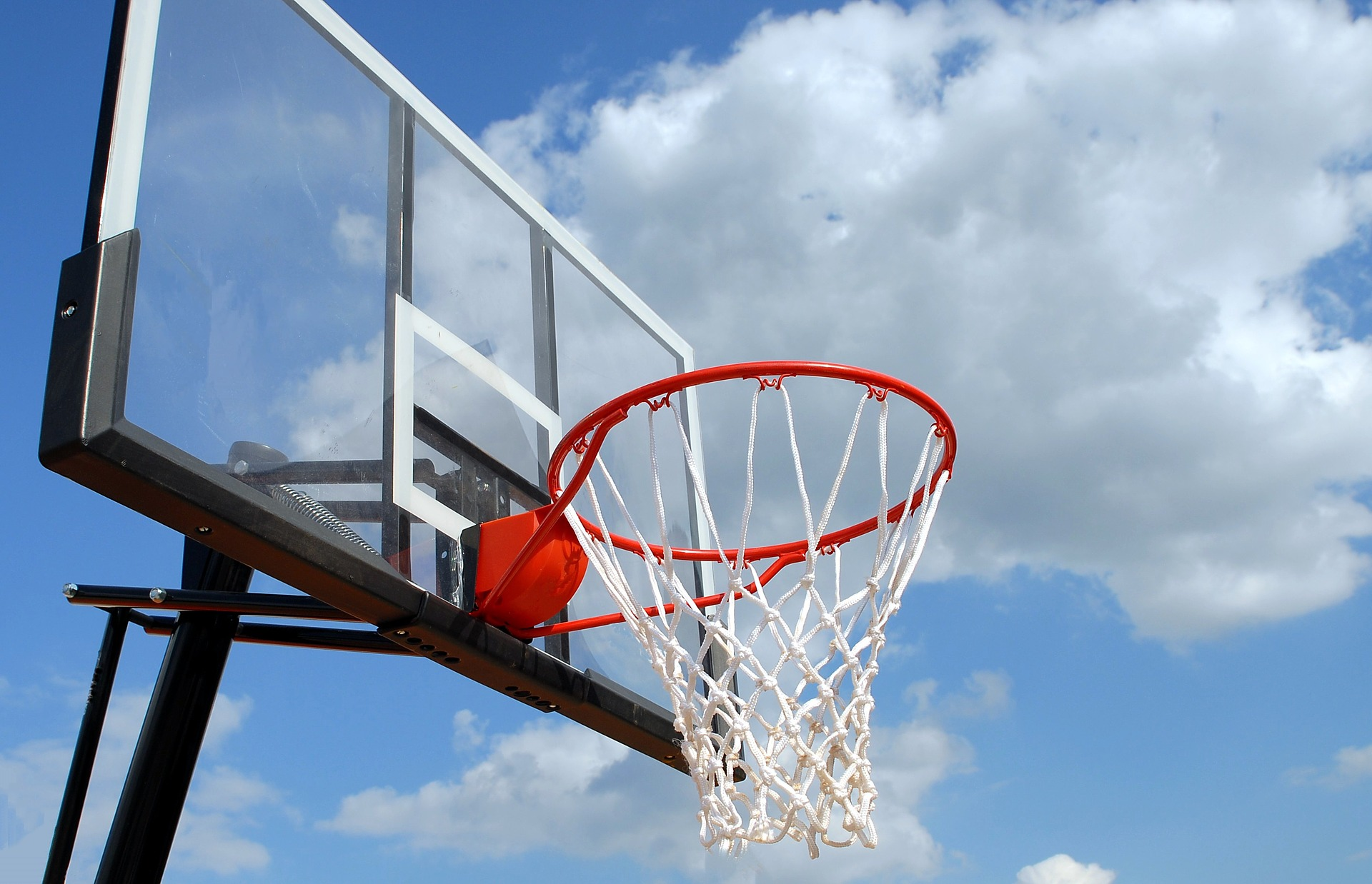 Best Basketball Hoop for a Trampoline | Dunk Like A Beast